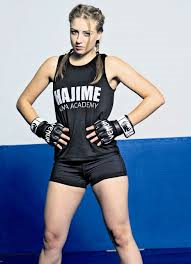 Laurita Chibiris - MMA fighter